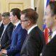 Regierung will sich um 30 Millionen Euro selbst bewerben