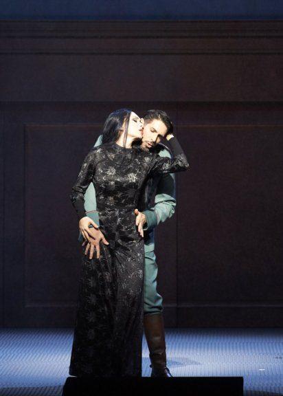 Margarita Gritskova und Clemens Unterreiner in der Oper Tri Sestri an der Wiener Staatsoper