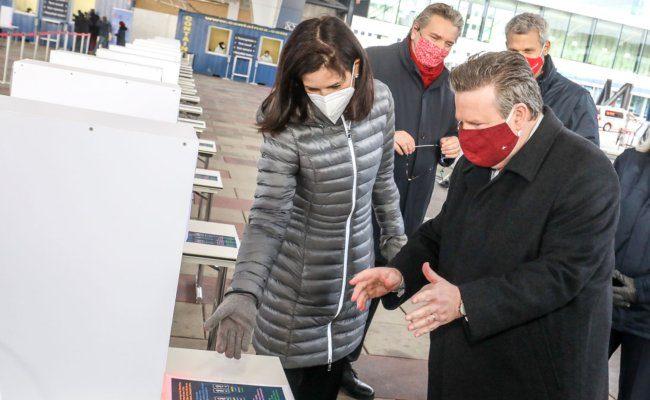 Covid-19 Teststraße beim Austria Center Vienna eröffnet