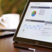 Seitenzugriffe auf Online Werbung mit Google Analytics messen