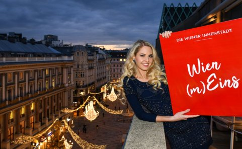 Beatrice Körmer unterstützt den Wiener Handel zu Weihnachten
