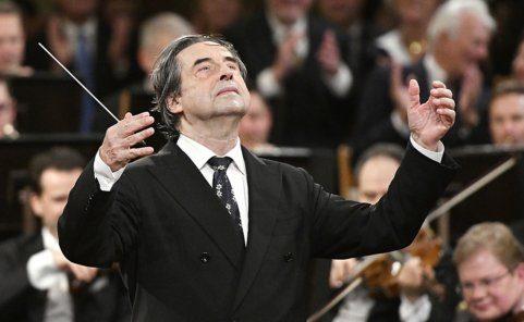 Riccardo Muti wird 2021 zum sechsten Mal das Neujahrskonzert leiten