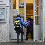 Corona-Testungen sollen vor Schulstart nach den Ferien stattfinden