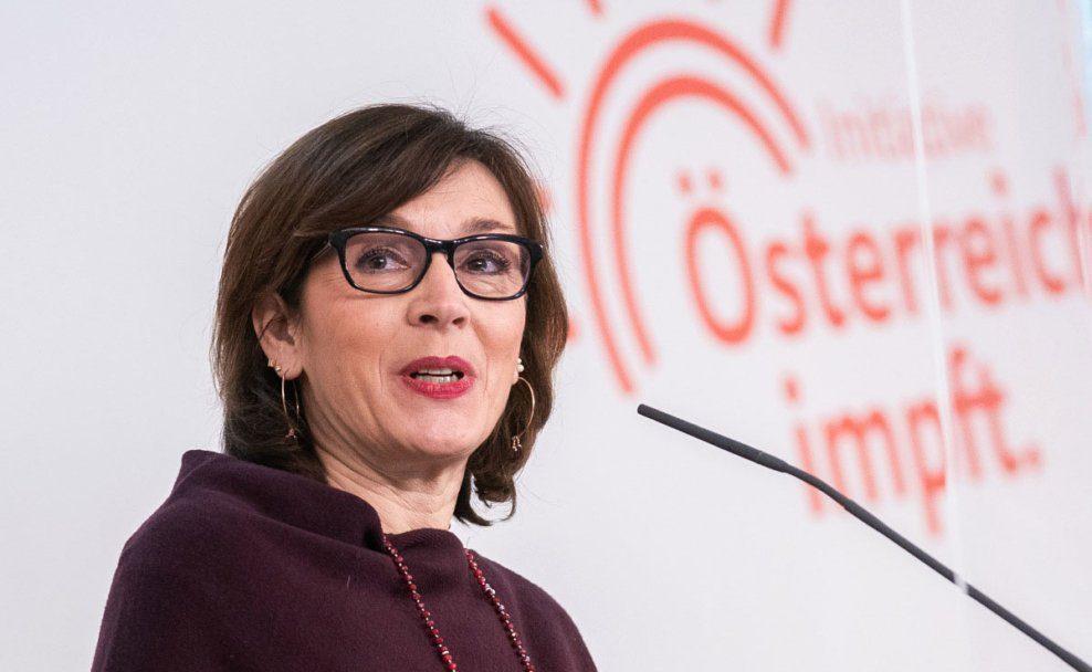 """Ursula Wiedermann-Schmidt ist eine """"Österreich impft""""-Sprecherinnen"""